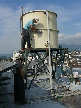 厚木市の高架タンク撤去